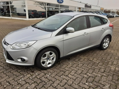 Ford Focus TREND 5-TG 1.0L  100PS